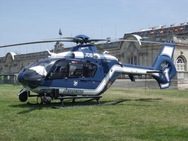 L'Eurocopter EC135, une réalisation franco-allemande autour du Fenestron.