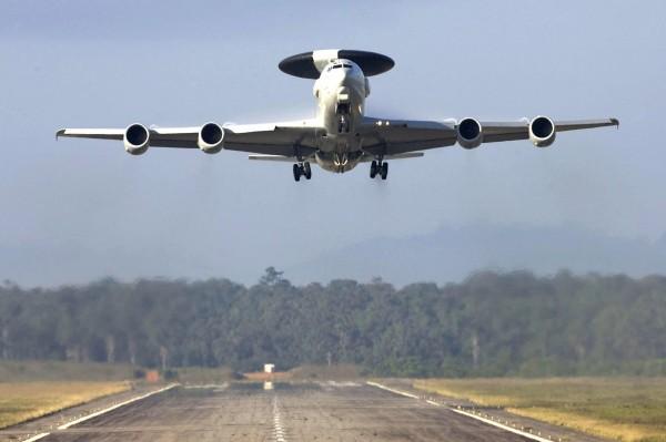 un E-3F, version française du celebre AWACS americain