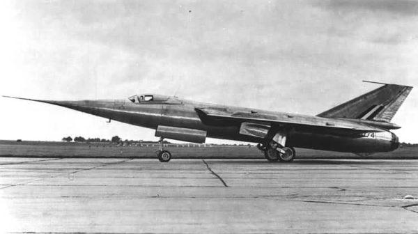 Fairey FD-2 utilisé dans le programme de l'avion supersonique franco-anglais.