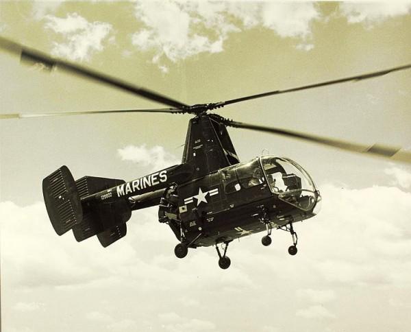 Kaman HOK-1 en vol.