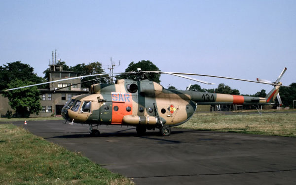 Numériquement les plus représentatifs des aéronefs de l'ex-RDA, les Mil Mi-8 volèrent jusqu'en 1997.
