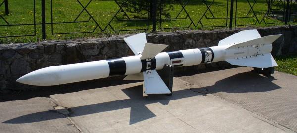 R-27, mieux connu dans sa codification OTAN : AA-10 Alamo