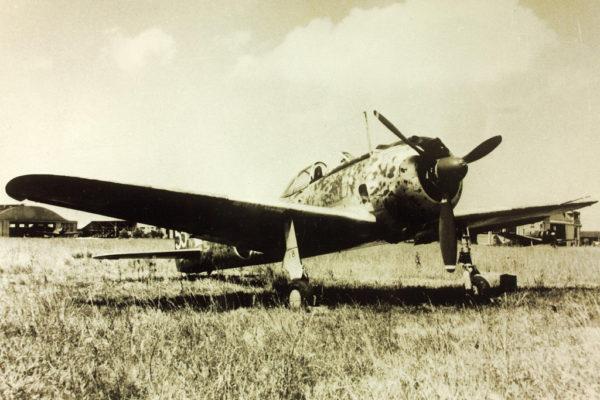 Le Nakajima Ki-43 japonais, un des meilleurs chasseurs terrestres de la guerre.