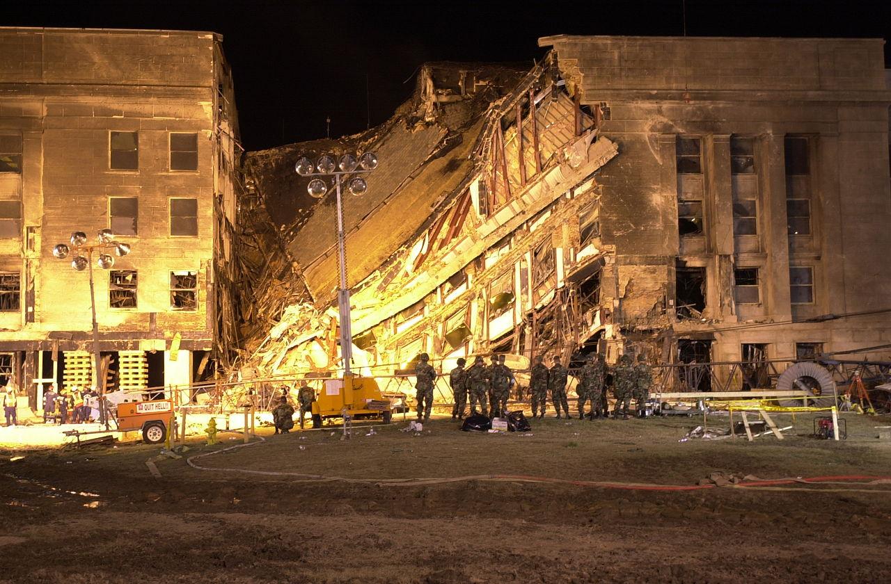 Le Pentagone, une vingtaine d'heures après l'attentat.