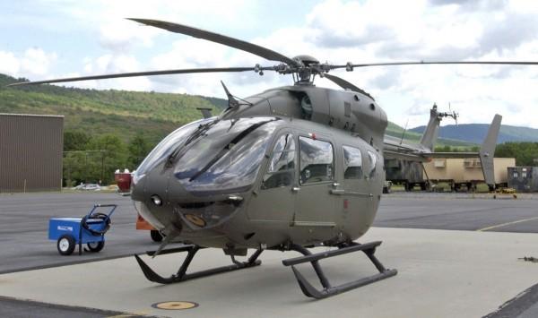 Un Eurocopter UH-72A sur le tarmac de Fort Indiantown ANGB.