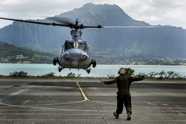 Un Bell UH-1Y en opération depuis MCAS Kaneohe Bay.