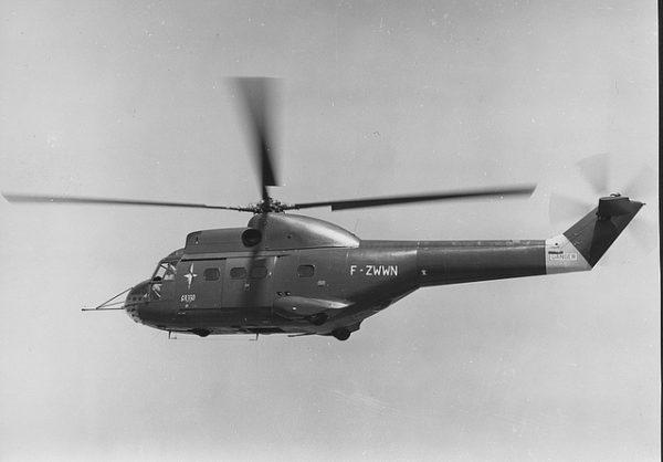 SA-330A, le tout premier Puma de l'Histoire, porteur encore de son immatriculation provisoire française.