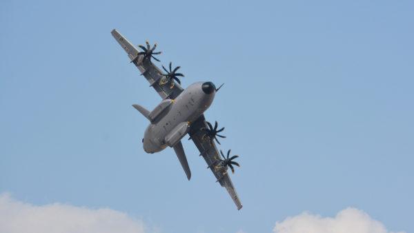 Bien qu'actuellement dans la tempête, l'A400M Atlas sera certainement mitraillé par les photographes.