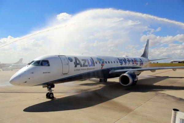 L'ERJ-190 d'Azul sous les couleurs de Rio 2.
