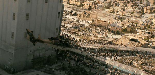 L'un des fameux SA-360 Dauphin israéliens du film.