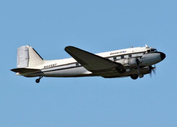 Un antique Douglas C-47 encore en service en Alaska en 2008.