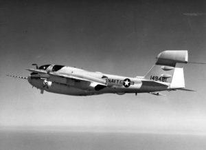 Le prototype de l'EA-6B. Sa parenté avec l'Intruder saute aux yeux.