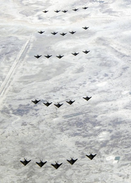 F-117-25-aircraft-formation