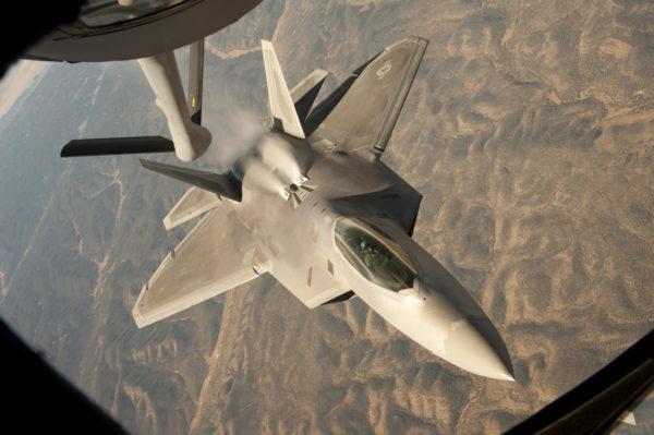 F-22-ravitaillement_usaf