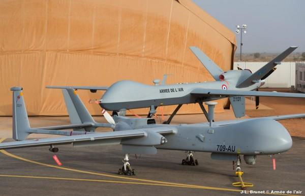 Harfang et Reaper, les deux nouveaux outils du renseignement français dans le Sahel.