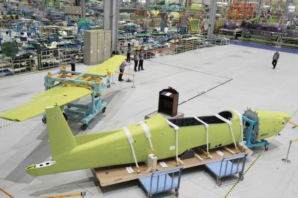 Le premier KT-1P à l'assemblage chez KAI fin avril 2014.