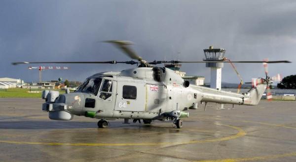 Un Lynx anglais sous un ciel breton que l'Angleterre ne renierait pas.