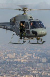 Fennec MASA en action au-dessus de l'agglomération parisienne.