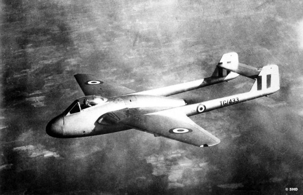 Dans l'Armée de l'Air le Vampire s'appelait Mistral.