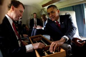 Barack Obama à bord d'un VH-3D en 2010.