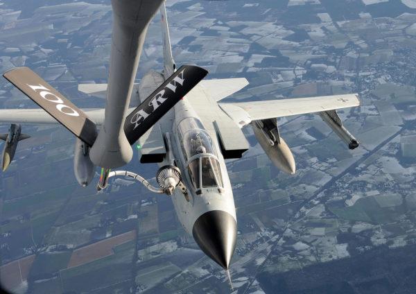 Les Tornado ECR de la Luftwaffe pourraient bien représenter un danger réel pour les batteries radars mobiles russes.