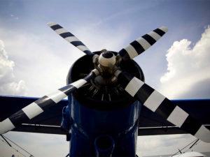 Une belle vue d'un bon vieil Antonov An-2