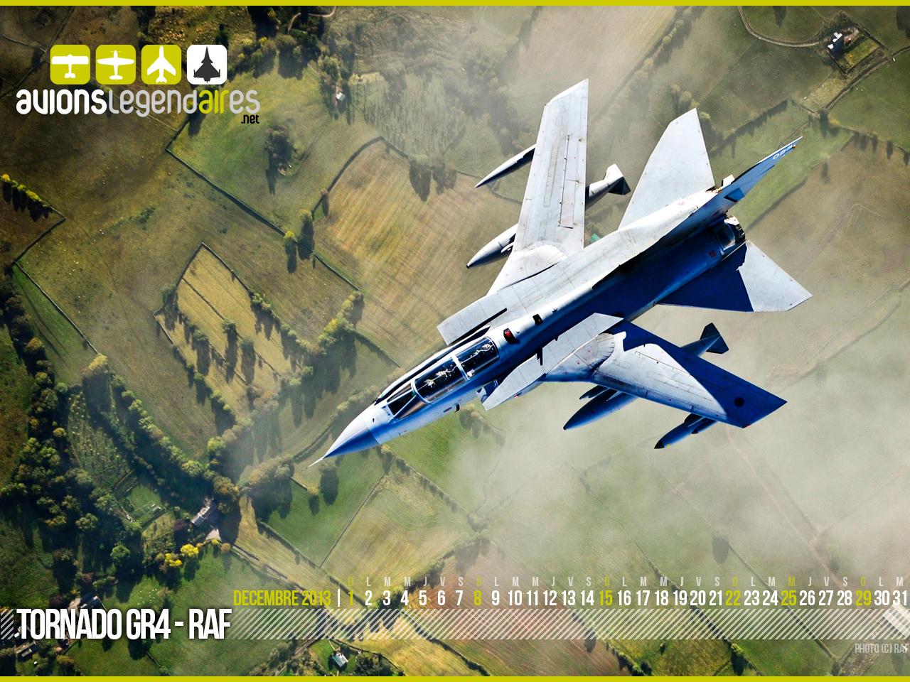 http://www.avionslegendaires.net/wp-content/uploads/images/post/calendrier-avionslegendaires-decembre-2013.jpg