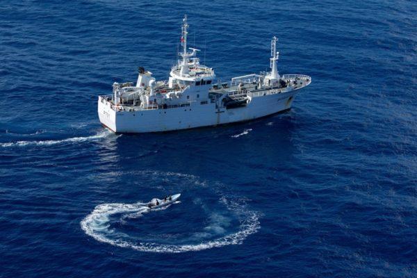 Le patrouilleur Le Malin, rebaptisé Clever pour les besoins de l'exercice Skiffex.
