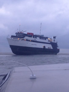 Le navire-casino SS-Escapade à l'échouage.